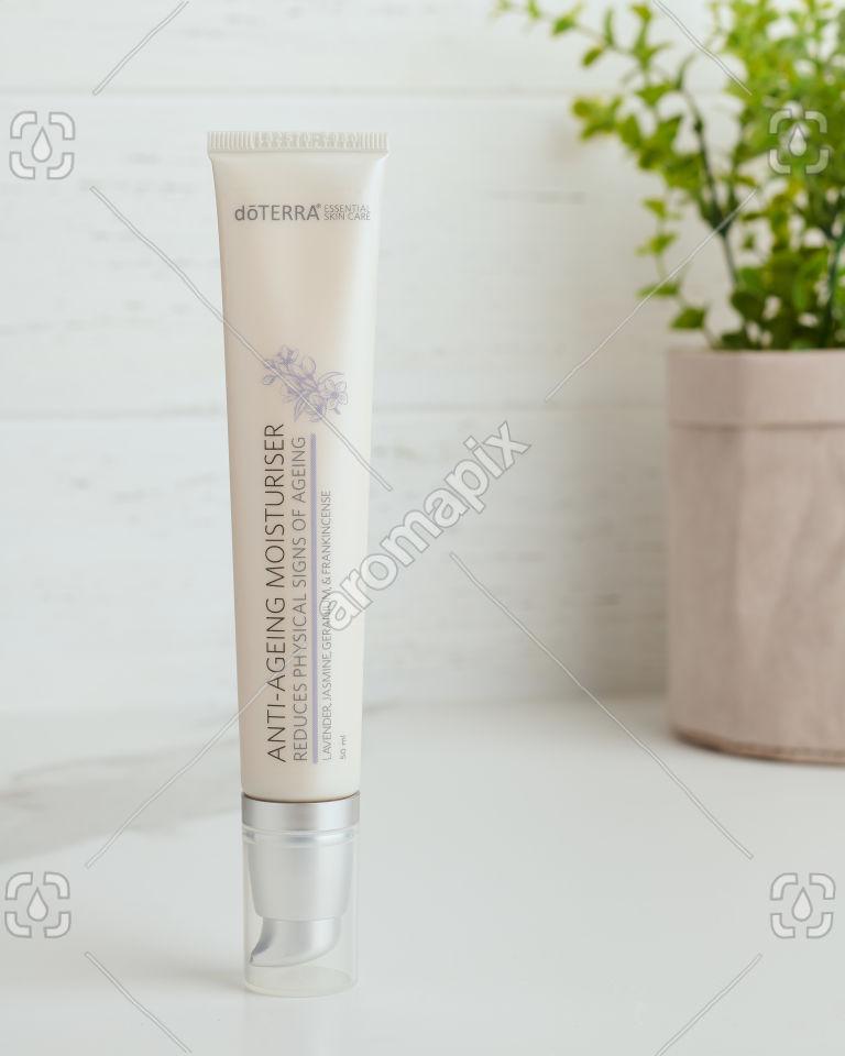 doTERRA Essential Skin Care Anti-Ageing Moisturiser on white