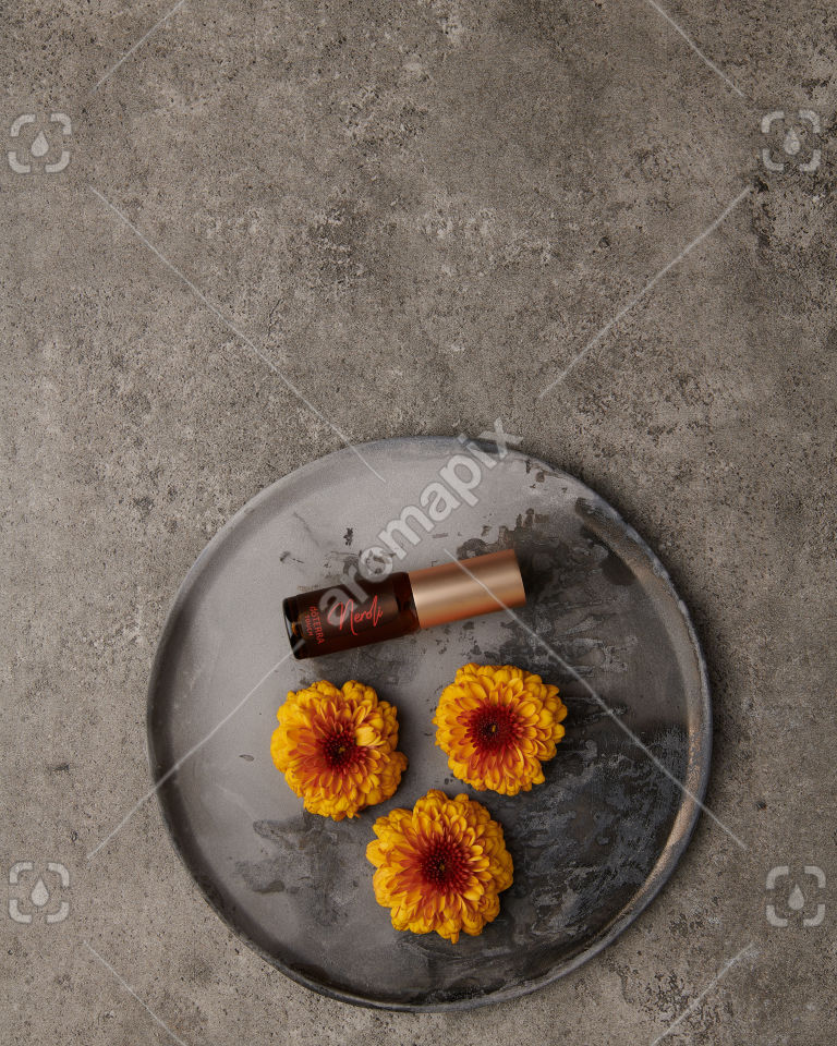 doTERRA Neroli Touch 4ml with flowers on gray