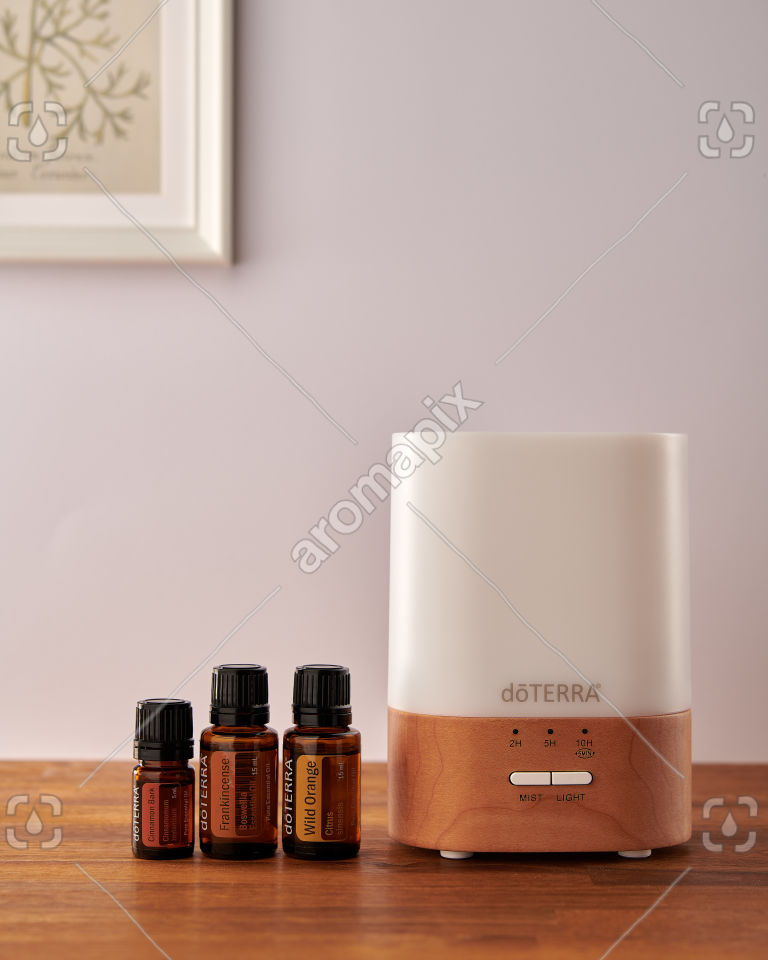 doTERRA Lumo diffuser with Cinnamon, Frankincense and Wild Orange
