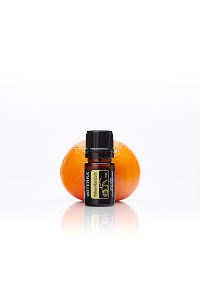 doTERRA Yellow Mandarin with a mandarin on a white background with reflection.